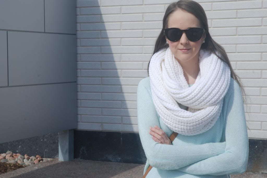 Gap, Banana republic, infinity scarves, mint green, pastels, smart set, polette eyewear, shop for jayu