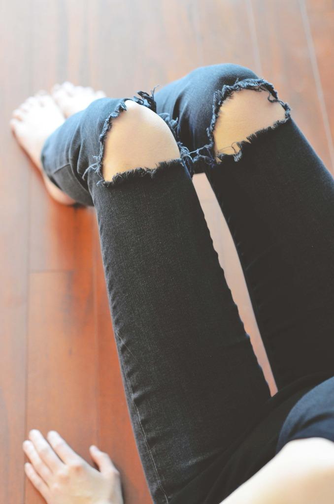 Short Presents, Gap Jeans, Halifax Blogger, Kayla Short, Canadian Blogger, Full time blogger,