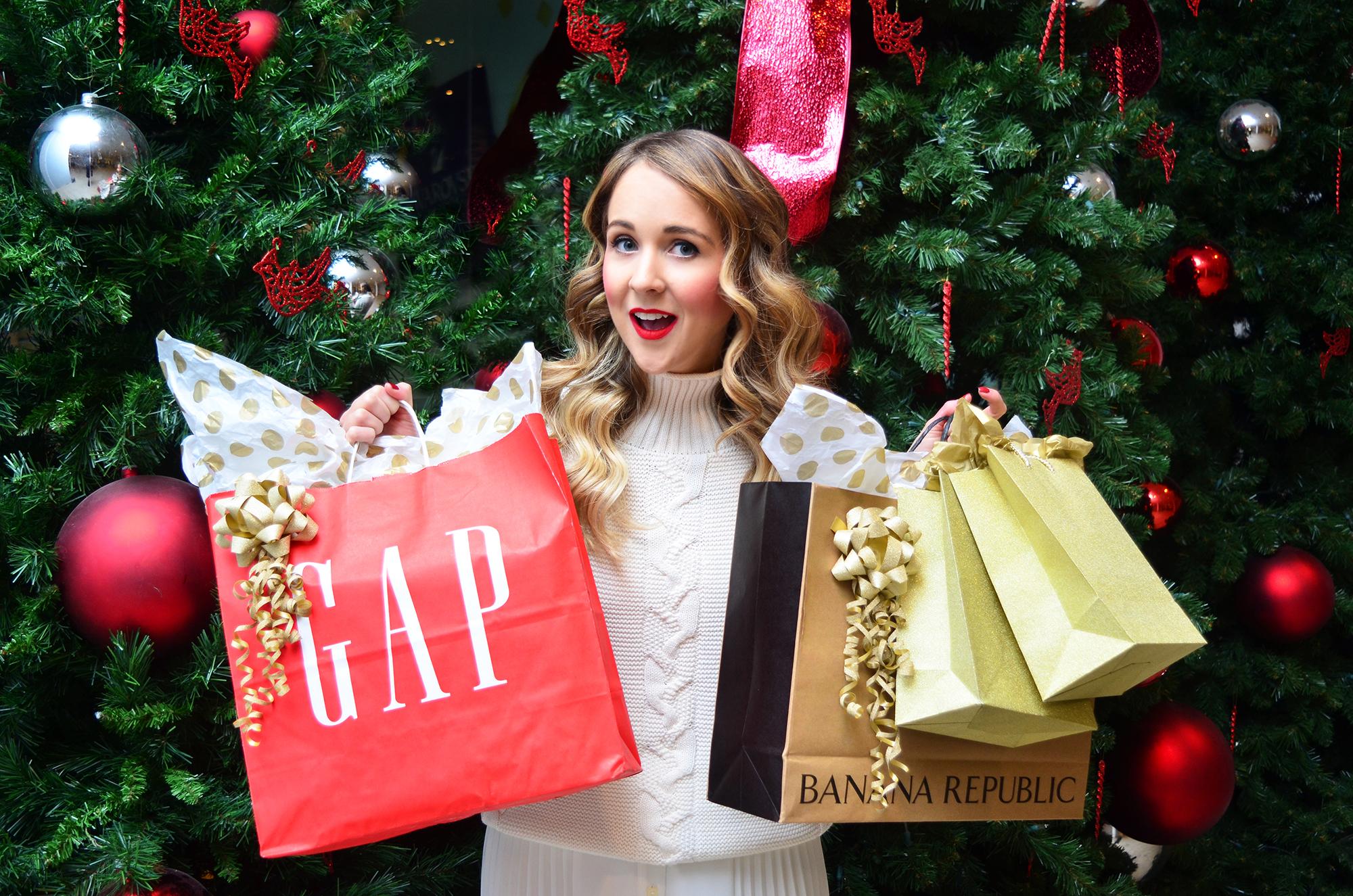 Holiday Shopping , Halifax Shopping Centre, Gap, Banana Republic