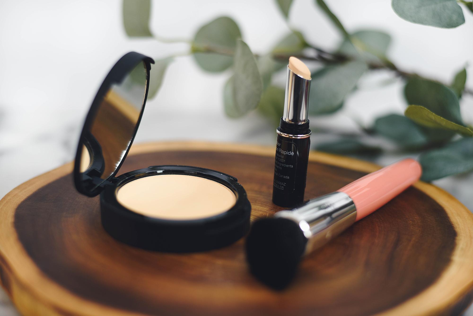 Foundation Powder, Concealer, Make up, Beauty Blogger